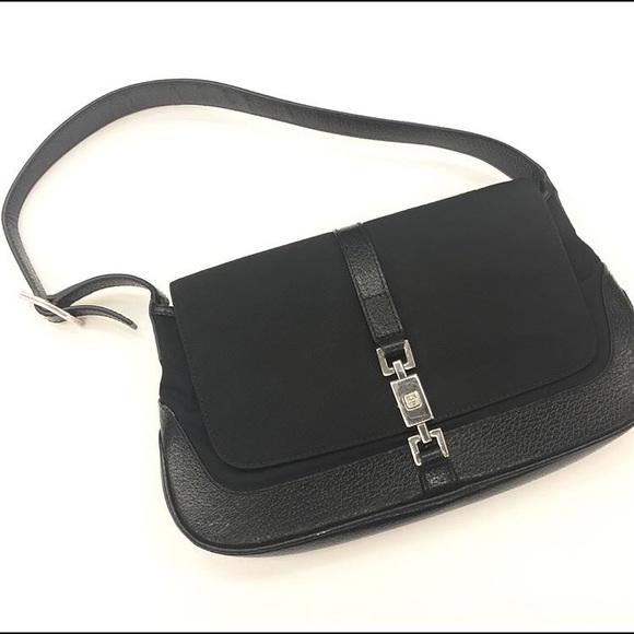 55293d00679 Gucci Handbags - Small Gucci Purse